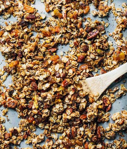 healthy granola for breakfast